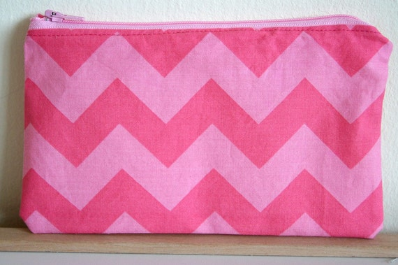 "Reusable Zipper Snack Bag - 7 1/2"" x 4 1/2"" - Chevron"