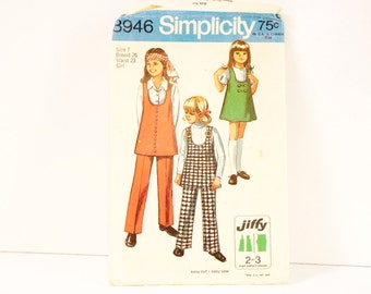 Vintage 1970 Simplicity Girls Jiffy Jumper or Tunic and Pants Pattern 8946 Size 7