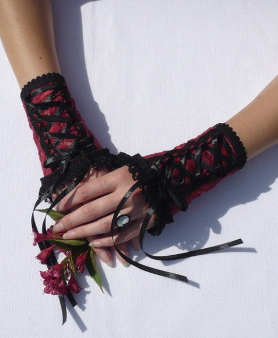 Burlesque Corset Gloves, Lace Armwarmers with Ruffle, Burgundy Black Mix, Gothic Wristlets, Romantic Wedding