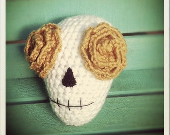 Crocheted Day of the Dead Skull with Yellow Roses