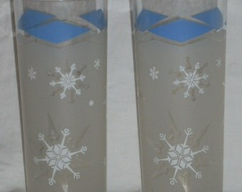 Mid Century Blue Diamonds and Snowflakes Glass Tall Tumblers
