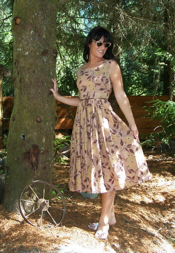 COUPON sale-Vintage 1940s  Brown Neutral Tones Summer Day Dress