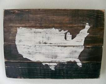 USA Map Wood Wall hanging on Stain(Customizable with heart placed on your town)