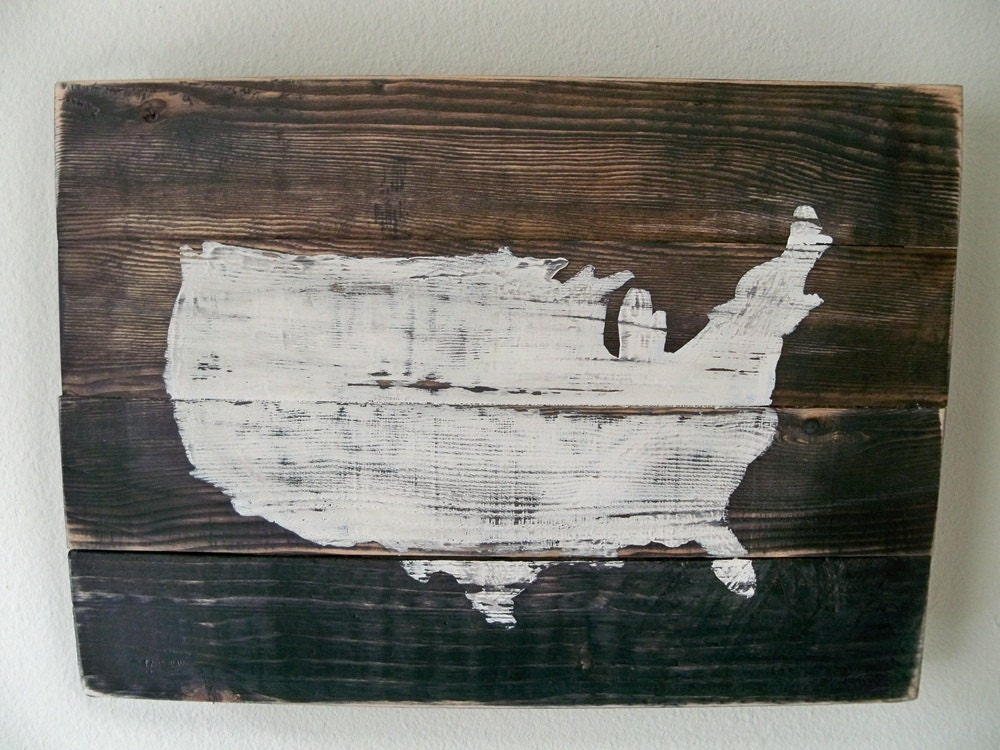 USA Map Wood Wall Hanging On StainCustomizable With Heart - Wood us map