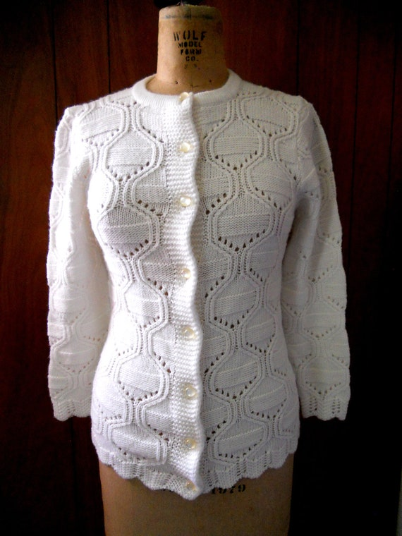 CLOSING SALE Vintage white knit sweater cardigan Small to Medium