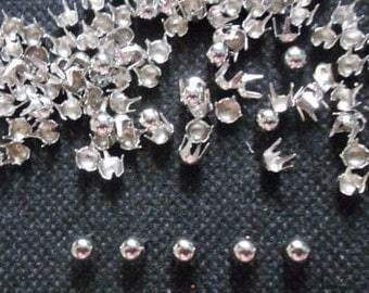 200 pcs  Silver Tone Tiny Round Stud spot spike for apparel - size 4 mm