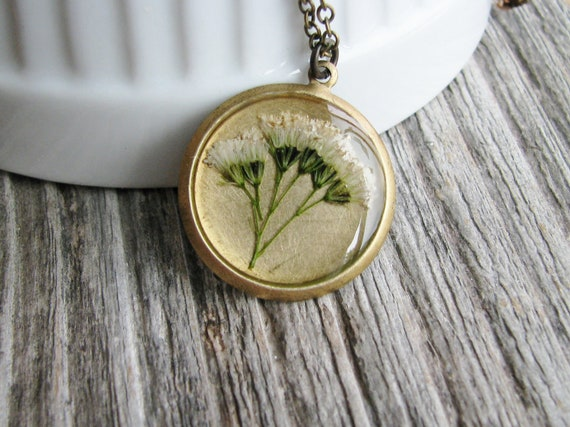 Yarrow Flower Necklace Pressed Real Wildflowers Botanical Jewelry Bridal Nature Inspired Garden Lover Gift White Cluster Flower
