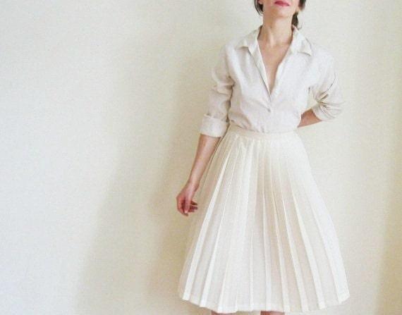 ecru silk blouse . classic ivory white .small.medium