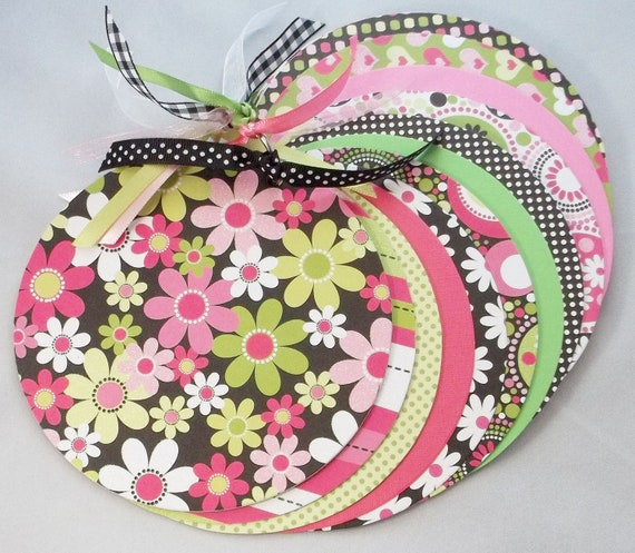 Pink and Green Daisy Mini Scrapbook and Memory Album for Girls of All Ages