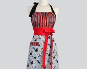Apron / Cute Kitsch Apron in Roosters are Featured in our Cute Handmade Full Kitchen Retro Womens Apron