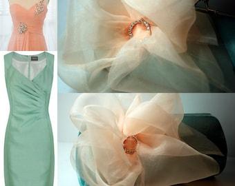 Wedding Party - Bridesmaid - Bridesmaid Gift Idea - Bridal Accessories - Bridal Clutch - Peach and Mint Wedding