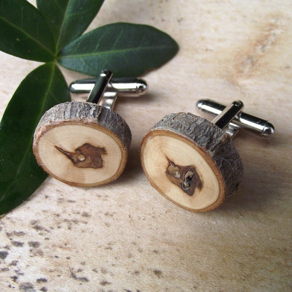 Wood Cuff Links Handmade from a Real Tree Branch - Wooden Cufflinks Eco-friendly for the Groom or Father - 3/4 x 5/8 inch Diameter