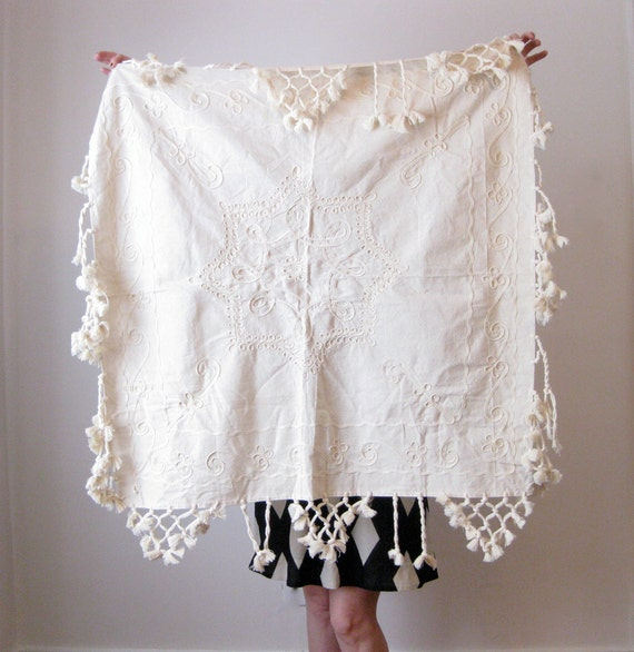 RESERVED //// vintage embroidered tablecloth