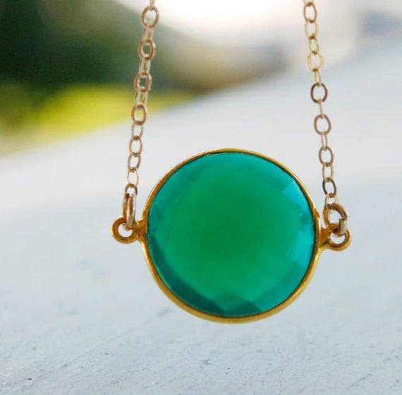 Green Onyx Necklace - Round Bezel Necklace - 14KT Gold Fill, Emerald Green