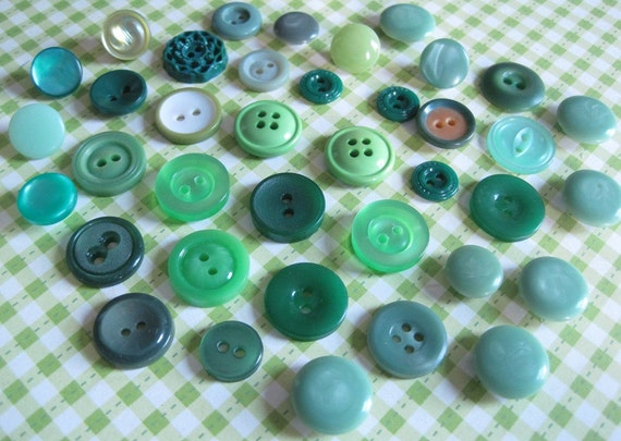 Assorted Smaller Vintage Green Buttons