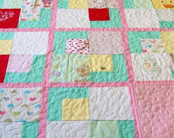 "Onesie Quilt, Baby Quilt, Baby Clothes Quilt - Lap Size 58"" x 72"" 147cm x 182cm (30 to 40 Clothing Items) - DEPOSIT LISTING (50%)"