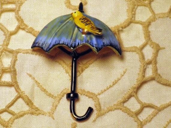 ORIGINAL by ROBERT Enameled Bird on Umbrella Brooch/Pin (B-4-1)