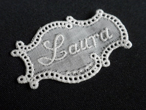 Give your handmade item a ancient touch with this vintage embroidery name tag LAURA