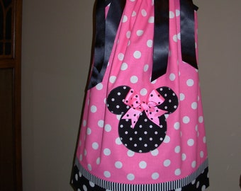 Minnie Mouse Pillowcase Dress Black and Pink Dots (extra for personalization)