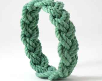 Sailor Knot Bracelet Woven Narrow Green Cotton