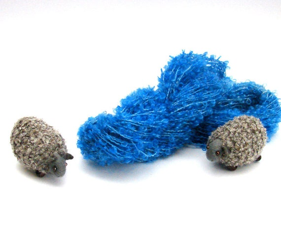 blue wool  boucle Yarn hand dyed 100 % wool -  perfect for doll hair and knitting. 50 gramms