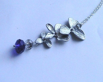 Sapphire Blue Flower Necklace - Royal Blue Necklace, Wedding Party, Bridal Jewelry, Bridesmaids, Silver Trillium Flower, Orchid