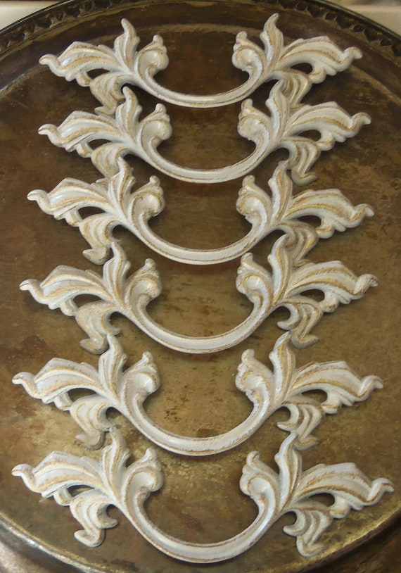 Free Shipping 12 French Provincial Drawer Pulls With 3