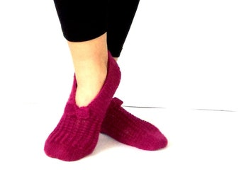 Sweet Slippers, Handmade Slippers, Fuchsia Slippers, Wool Slippers, Christmas Gift