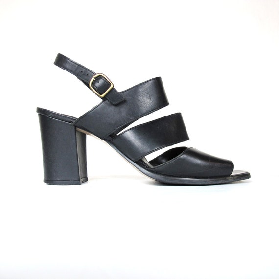 90s Minimalist Black Leather Cut Out Heels (10)