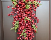 Swag Wreath - Christmas Berry Red Swag Wreath