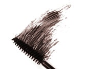 9g Mineral Mascara - Black/Brown - For Fairer Complexions