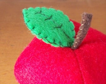 Felt Food Apple Fruit Eco Friendly Pretend Play Food for Childrens Toy Kitchen - Stuffed with Sustainable Bamboo Fiber