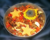 Homespun Spiced Harvest Highly Fragranced Unique Chunky Potpourri 4 Cups And 2 Kitchen Witch Tarts Harvest/Halloween
