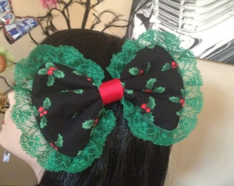 Black Holly Berry Leaves Xmas Hair Bow w/ Green Lace Large