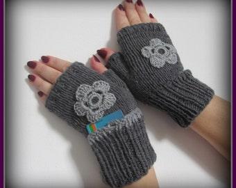 Fingerless gloves with  pocket