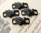 Curved flourish leaf link, squared loops - antiqued black brass, 20mm (4 connectors) bent bowed floral link, clasp end - dark, aged patina