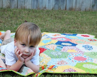 Gender Neutral Baby Quilts / Custom Quilts / Nursery / Babies / Crib Bedding / Baby Gift / Baby Shower / Kids Toddlers / MADE TO ORDER