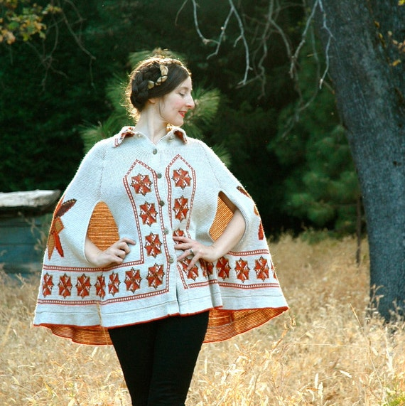 Vintage Poncho... 70s Folk Capelet...  Dutch Design... WINDMILLS (one size)