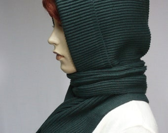 Warm Knit Hood and Shawl Combi in Dark Green, Hooded Scarf for Cold Days, Military Green, Winter Cap, Wrap, Scarf