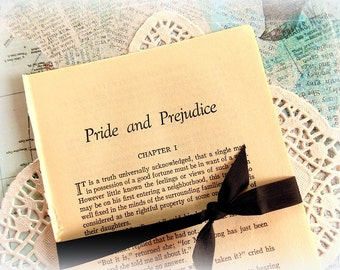 Bundle of Vintage Pride and Prejudice Pages