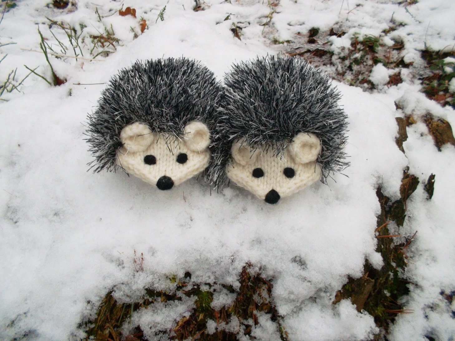 Knitting Pattern Hedgehog Mittens : Made to order Hand Knit Cream White Hedgehog Mittens by ...