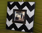 4x4 Picture frame with trim in Black and Cream Chevron