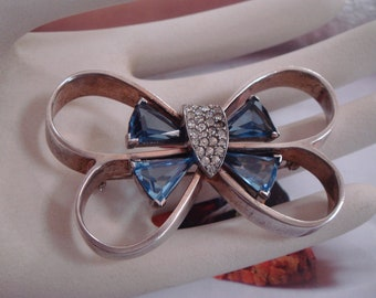 Art deco vintage sterling silver large brooch  in blue and clear stones