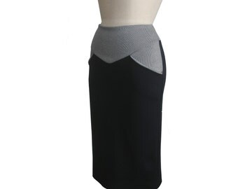 Long pencil skirt  with pockets. Plus size clothing for winter