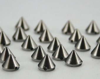 50 pcs. Acrylic Gunmetal Cone Spikes Beads Charms Pendants Finding. SPBGun8