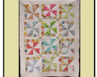 Laundry Day Quilt Pattern from Quilt Doodle Designs