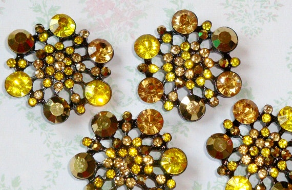 4 pcs - 28mm Winter Flake Light Toffee topaz Metal Rhinestone Buttons with Shank on the back - wedding / hair / dress / garment accessories