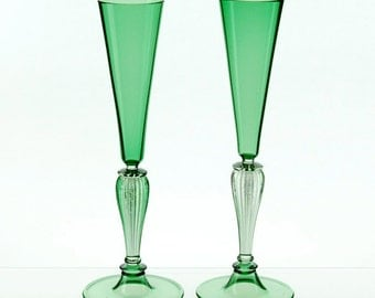 Champagne toasting flutes green hand blown glasses - Hand blown champagne flutes ...