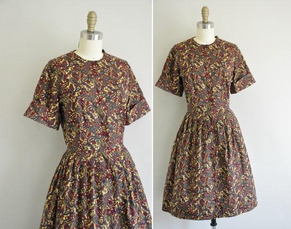 50s cotton dress / vintage 1950s full skirt dress / 50s fall paisley print dress