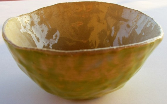 Apple green bowl-Made with Pinch ancient technology